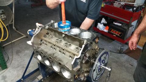 Installing Pistons